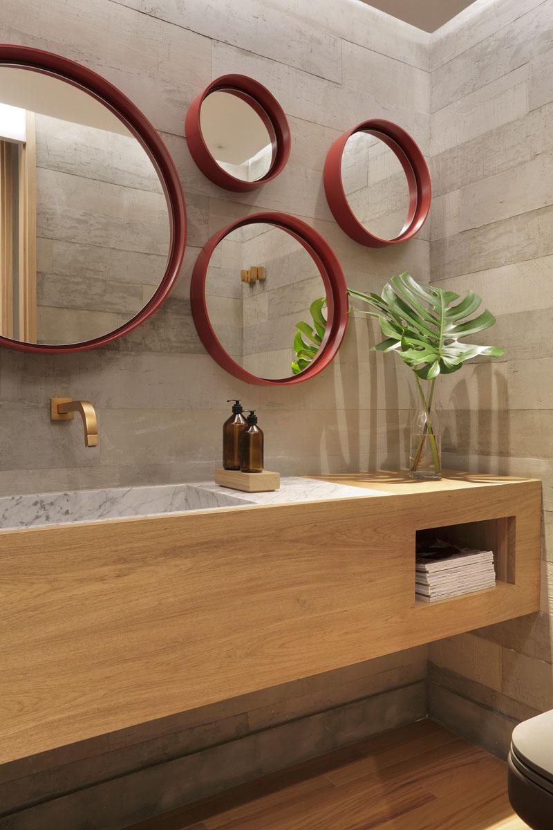 Apartment's Interior Design Featuring Wood Accents 11