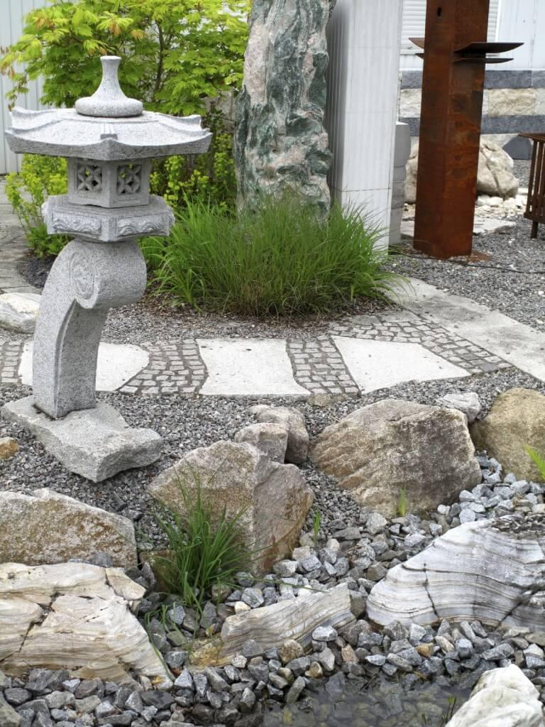 Beautiful Rock Garden In Your Home (24)