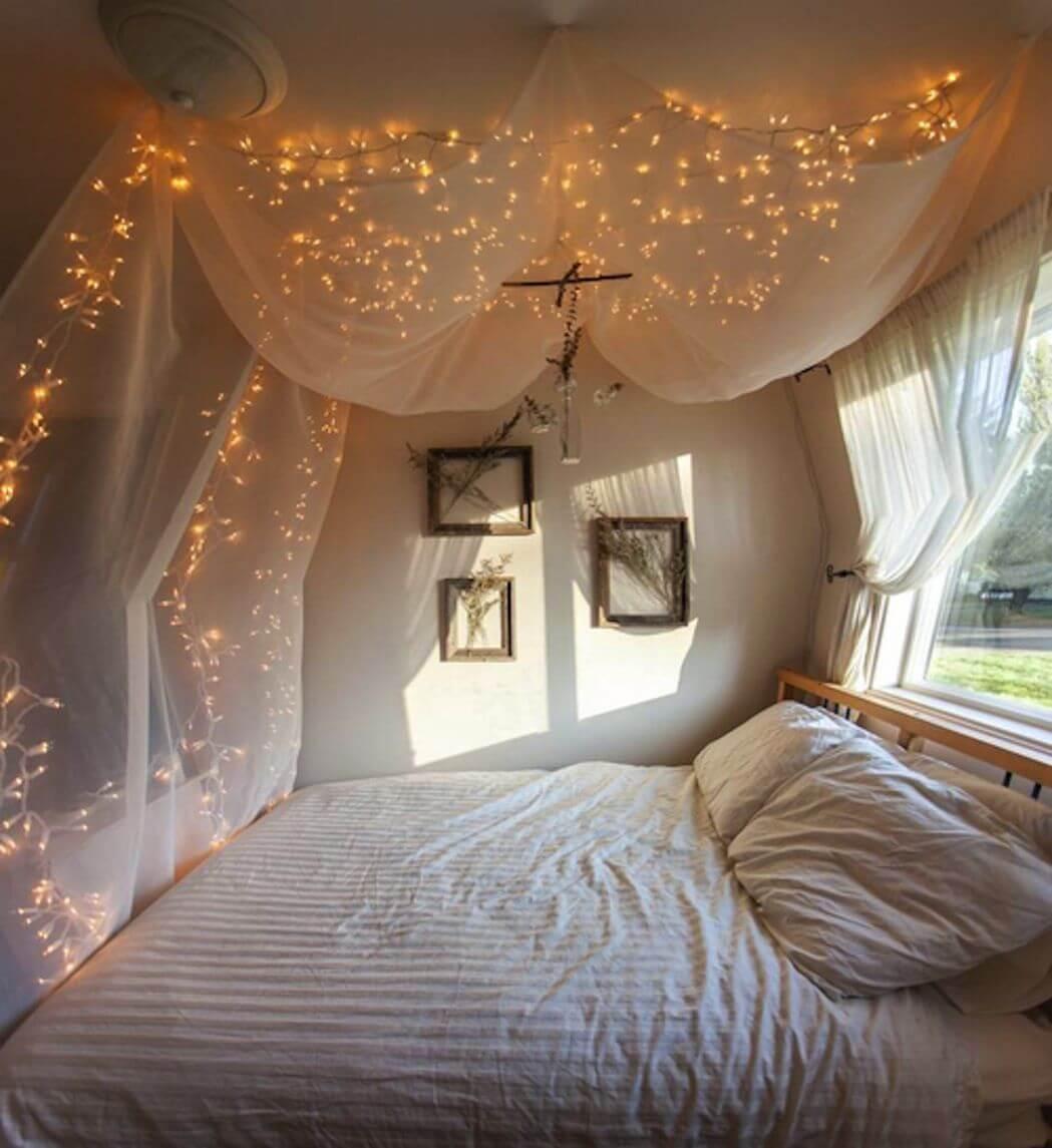 Design Your Romantic Bedroom (13)